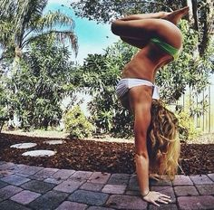 I want my body to be able to do this and look like this!