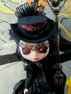 Lautrec di Szani OOAK BLYTHE DOLL CUSTOM BY MAISON SZANI ART & FASHION DOLLS Custom: R. Szani Outfit: Wivi Szani - Wilma Garcia SOLD #blythe #blythedollcustom #MaisonSzani Owner @biloschycki