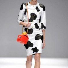 moschino-borse-autunno-inverno-2014-2015-fast-food  #moschino #borse #bags #purses #borsedonna #moda2014 #fashion #autunnoinverno #autumnwinter #autumnwinter2015 #autunnoinverno20142015