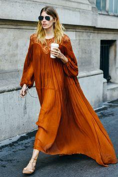 Flowing orange dress #streetstyle