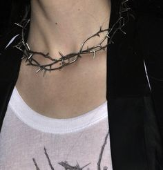 necklace of thorns