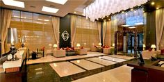 A lobby of supreme look and world class design welcomes you at Country Inn & Suites By Carlson, Sector-12, Gurgaon. This lobby is designed to impress. Come and experience our world class services!