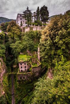 Il Vallone dei Mulini, Sorrento, Italy...  I totally remember staring at this!!!