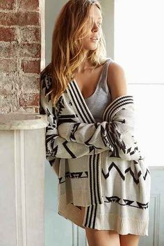 Ecote Arianna Patterned Cardigan - Urban Outfitters