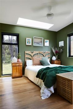 Beautifully designed Fish Creek Off Grid House offered our clients a luxurious sustainable Modular Home. New Build Designed and Built by Archiblox. Decoration Bedroom, Decoration Design, Off Grid House, Fish Creek, Outdoor Baths, Pink Bedrooms, Shed Homes, Rustic Colors, The Design Files