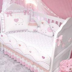 1 million+ Stunning Free Images to Use Anywhere Shiplap Cladding, Baby Kit, Baby Gadgets, Baby Bedroom, Baby Crafts, Baby Sewing, Kids And Parenting, Girl Room, Baby Quilts