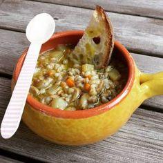 Zuppa di Farro Funghi Patate e Orzo