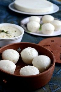 For Indian Cooking Challenge this month, Srivalli chose a MAngalore/ Goa special- Sanna from Ruchik Randhap. Sanna is a sweet and quick version of south Indian idli. Goan Recipes, Chef Recipes, Indian Food Recipes, Cooking Recipes, Kerala Recipes, Indian Snacks, Indian Dosa Recipe, Idly Recipe, Bistro Food