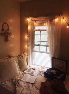 dusk to dawn Dream Rooms, Dream Bedroom, Room Decor Bedroom, Bedroom Artwork, Gold Bedroom, Modern Bedroom, Cute Bedroom Ideas, Aesthetic Room Decor, Cozy Room