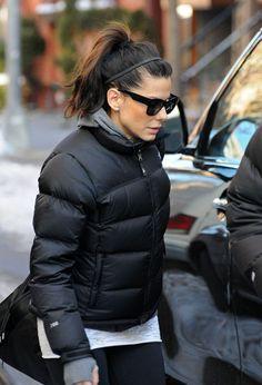 "97c7d83423 Sandra Bullock in black The North Face ""Nuptse"" down jacket"