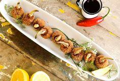 Crab  Starter  Chef: @mauriciojasnievicz  #foodporn #foodies #foodstylist #foodblogger #fellowmag #foodphoto #photofood #comfortfood #flowerstagram #flowers #foodlover #foodography #foodiesofinstagram #crab #pepper #igbahia #starter #igsalvador #salvadormeuamor  #nikonphotography #mostreseuclick #igerssalvador #photos_ssa #ig_bahia #hautescuisines #lemmon #toastsforall @tasty_igram