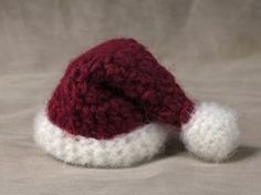 Free mini Santa hat crochet pattern
