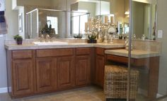 Master Bath. Would love to have a bath like that!