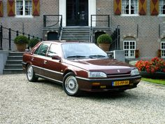 Renault 25 Turbo Baccara : le nec plus ultra ! Matra, Concorde, Car Brands, Nissan Skyline, Car In The World, Toyota Celica, Car Car, Peugeot, Cars And Motorcycles