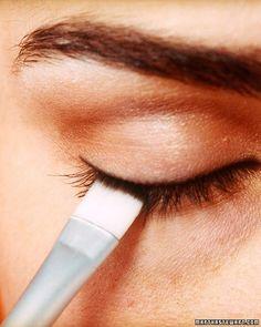 Steps to make your makeup last