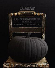 Cool Black Halloween Decor Ideas-Pumkin,q