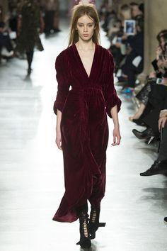 Бархатная революция на подиумах Нью-Йорка и Лондона | Мода | Тенденции | VOGUE