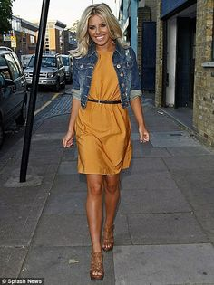 Aldo Alapai Wedges & Mollie King >3 the cropped jean jacket