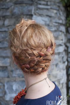 Braided updo tutorial // Hair Romance (this actually looks EASY! must try) Great for growing out styles/mullets Braided Hairstyles Updo, Short Hair Updo, Braided Updo, Pretty Hairstyles, Curly Hair Styles, Wavy Hair, Halo Hairstyle, Long Hair, Easy Updo