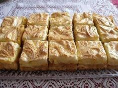 Jabĺčkový zákusok - My site Pretzel Desserts, Köstliche Desserts, Delicious Desserts, Dessert Recipes, Yummy Food, Kolaci I Torte, Russian Recipes, Sweet And Salty, Party Cakes