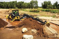 The new 710L: John Deere's largest backhoe gets a power boost | Equipment World | Construction Equipment, News and Information | Heavy Construction Equipment