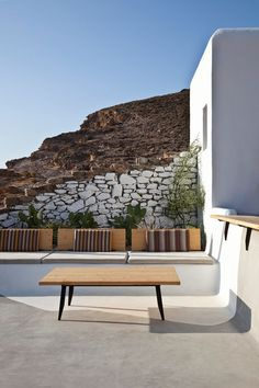 Mykonos is one of the most cosmopolitan islands in Greece.  Alemagou bar–restaurant is located on one of those sandy beaches – Ftelia beach. Designed by k-studio