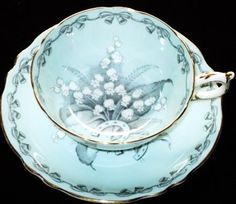 Paragon BRIDES FAVOURITE Choice Tea cup and saucer