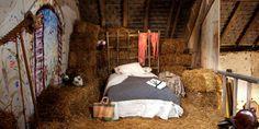 Hay loft bedroom. Amazing !!!!
