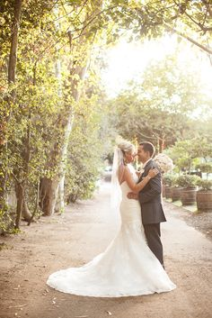 Calamigos Ranch Shabby Chic Wedding | http://www.beccarillo.com/calamigos-ranch-wedding-nick-chelsea/