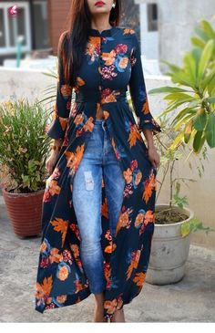 Blue Crepe Printed Floral Kurti by Colorauction - - Blue Crepe Printed Floral Kurti by Colorauction Source by reginareichardt Mode Outfits, Trendy Outfits, Fall Outfits, Floral Outfits, Fashionable Outfits, Skirt Outfits, Summer Outfits, Mode Abaya, Mode Hijab