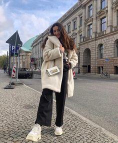 Mens Fashion Smart – The World of Mens Fashion Lazy Fashion, Winter Fashion, Fashion Outfits, Womens Fashion, Fasion, Cute Winter Outfits, Cute Outfits, Smart Casual Men, Winter Fits
