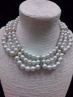 Collar de Perlas a 3 Hilos y Separadores con Cristal