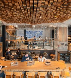 starbucks concept store »Slow Coffee Theatre«, Amsterdam