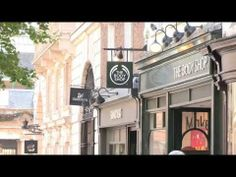 THE BODY SHOP | Hair Chalk - make-up for hair - YouTube