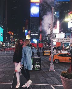 New York Pictures, Bff Pictures, Best Friend Goals, Best Friends, Photographie New York, Nyc Pics, Nyc Instagram, Voyage New York, New York Life
