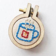 15 vind-ik-leuks, 1 reacties - E Strea Chikitu (@estreachikitu) op Instagram: 'Tea any one? Handembroidered Necklace #handembroidery #embroideryhoop #embroidery #stitching…'