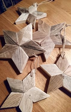 Be Better – …good parent matters. Driftwood Christmas Tree, Christmas Wood Crafts, Rustic Christmas, Christmas Projects, Xmas Tree, Christmas Diy, Woodworking For Kids, Easy Woodworking Projects, Custom Woodworking
