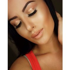 shimmery gold dewy makeup