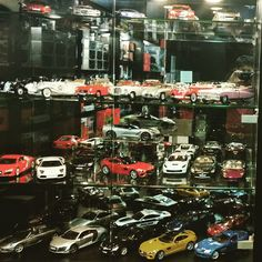 #maisto#gallardo#diecastcars#lego#1_18 #diecastphotography #118scale#kyosho #scalemodel#model#autoart#v12 #v8 #lamborghini #lambo #lamborgini #ferrari #ferrari458#like4like #likeforlike #laferrari #bburago #1_18 #118scale#diecastcollectors #diecastcars#dakar#diecast #diecastcollector#diecastphotography #mercedes #mclaren #porsche #audi
