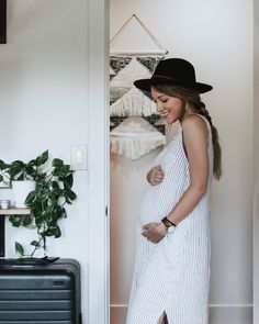 20 Ideas For Tall Maternity Clothes – The Outfits That Inspire Your Style Stylish Maternity, Maternity Wear, Maternity Fashion, Maternity Style, Summer Maternity, Baby Bump Style, Mommy Style, Pregnancy Wardrobe, Pregnancy Outfits