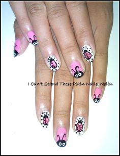 lagybugs nailart/manicure