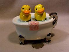 Vintage Clay Art Ducks in a Bathtub Nodder/Nodding S&P Shakers