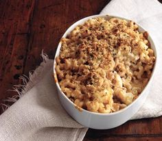 ohhhh baked macaroni and cheese with cauliflower.