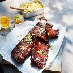 Ceramic Bbq, Tapas, Spare Ribs, Bbq Party, Barbecue, Food Inspiration, Side Dishes, Food Photography, Good Food