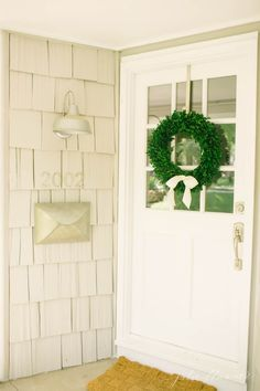 that mailbox! Gorgeous front porch with envelope mailbox, cottage lighting & a front door with windows Colonial, Cottage Lighting, Front Doors With Windows, Do It Yourself Inspiration, Entry Hallway, Entryway, Primitive Homes, Porch Decorating, Decorating Ideas