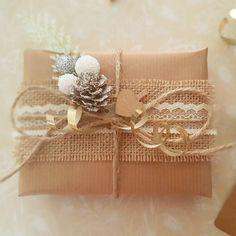 Christmas Giftwrap  #christmas #gift #giftwrap #hessian #handmade #vintage