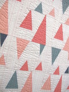 Here is Part 2 of the piecing category from QuiltCon 2016. Some super interesting piecing going on, that is for sure. Congratulations to the makers/designers. Next up is the minimalist category.  Zag