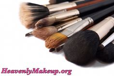 Did you know that brushes with natural bristles are best for powder-based products while brushes with synthetic bristles are best for creamy products? #makeup #brushes #natural #synthetic #heavenlymakeup #younique #UK #USA #Mexico #Canada #Germany #France #Spain #Australia #NewZealand