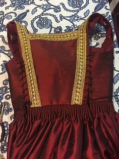 Bodice laced up