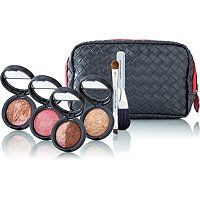 Baked 101 Kathy Nott Beauty Think of this limited-edition kit as your personal Laura Geller Beauty tutorial. Right at your fingertips are travel-friendly baked compacts - all made in Italy featuring quality-tested formulas with skin-loving ingredients. Beauty Bar, Beauty Makeup, Hair Beauty, Love Makeup, Makeup Kit, Makeup Gift Sets, Best Face Products, Ulta Products, Color Me Beautiful